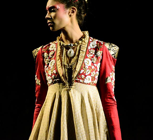 Anju Modi - Delhi Couture Week 2012