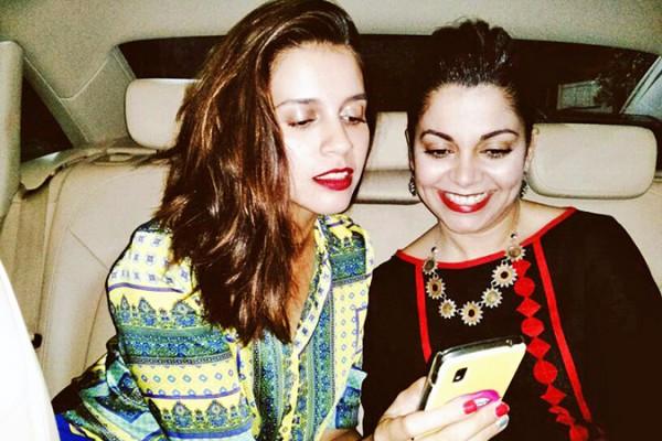 Uber - ing in Delhi | www.akanksharedhu.com | #RideInStyle | Naina & me