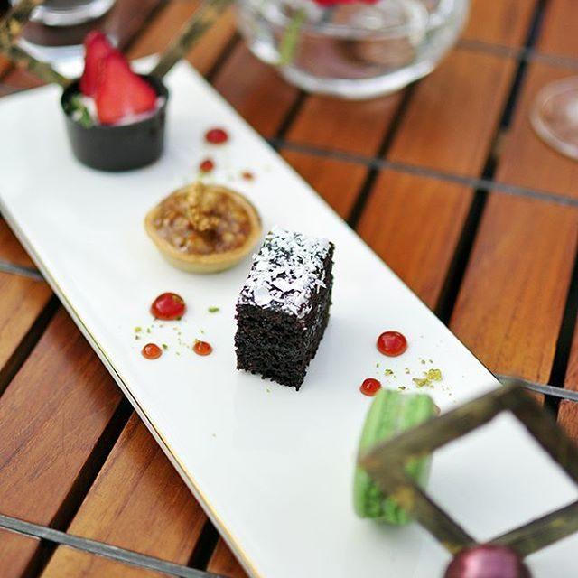 Precious desserts at jwmussoorie httpakanksharedhucom akanksharedhu jwmussoorie dessertporn dessert RedhuEatshellip