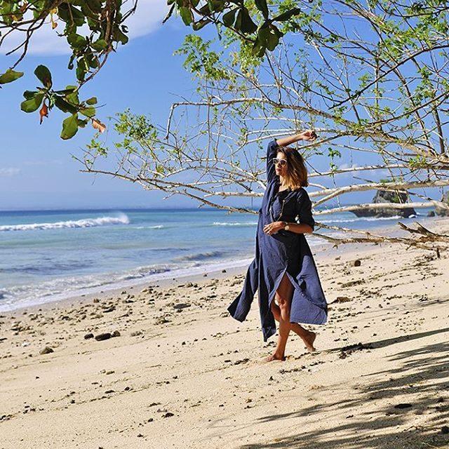 Padang Padang Beach httpakanksharedhucom RedhuxBali   akanksharedhu padangpadang padangpadangbeachhellip