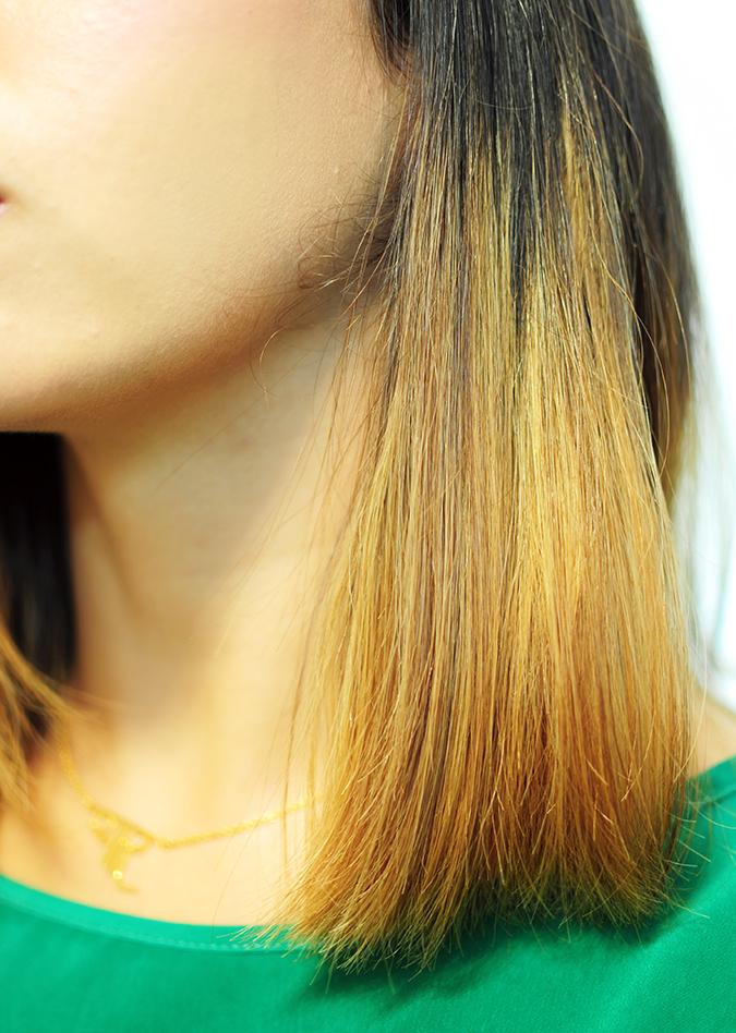 Philips - Selfie Straightener | Akanksha Redhu | poker straight hair close up