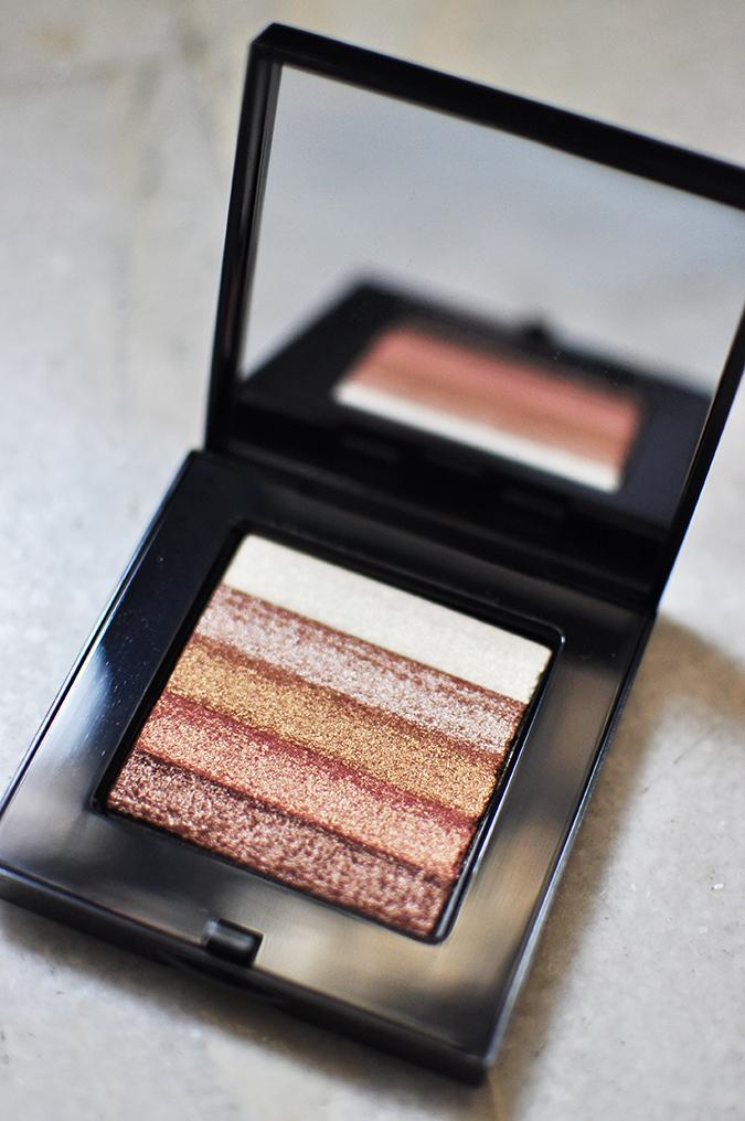 Beauty Edit Dec | Akanksha Redhu | Bobbi Brown open