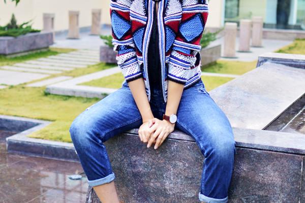 Riff - Raff | Look of the Day | Akanksha Redhu | sitting