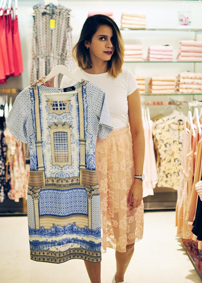 Wills Lifestyle | Akanksha Redhu | me holding palace print dress