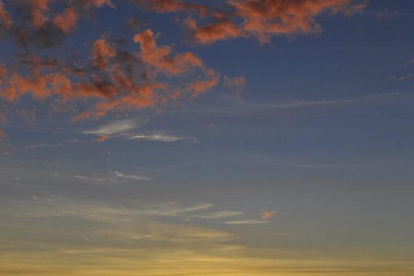 Mount Batur Sunrise Trek | Bali | Akanksha Redhu | long sunrise with pink clouds