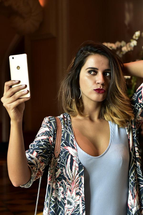 Gionee F103 Pro | Akanksha Redhu | pout face selfie