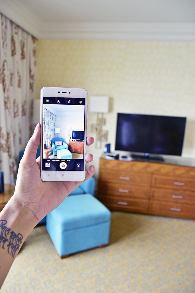 Gionee F103 Pro | Akanksha Redhu | image of room in phone