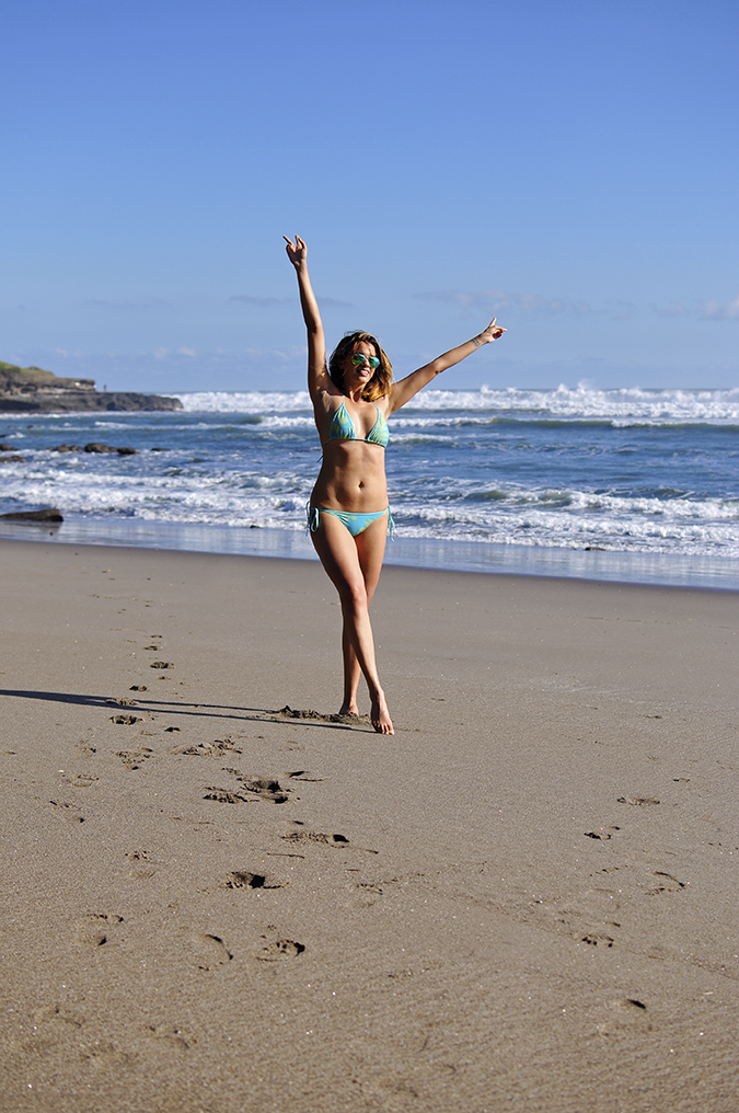 Kedungu Beach | Bali | Akanksha Redhu | full front both arms up