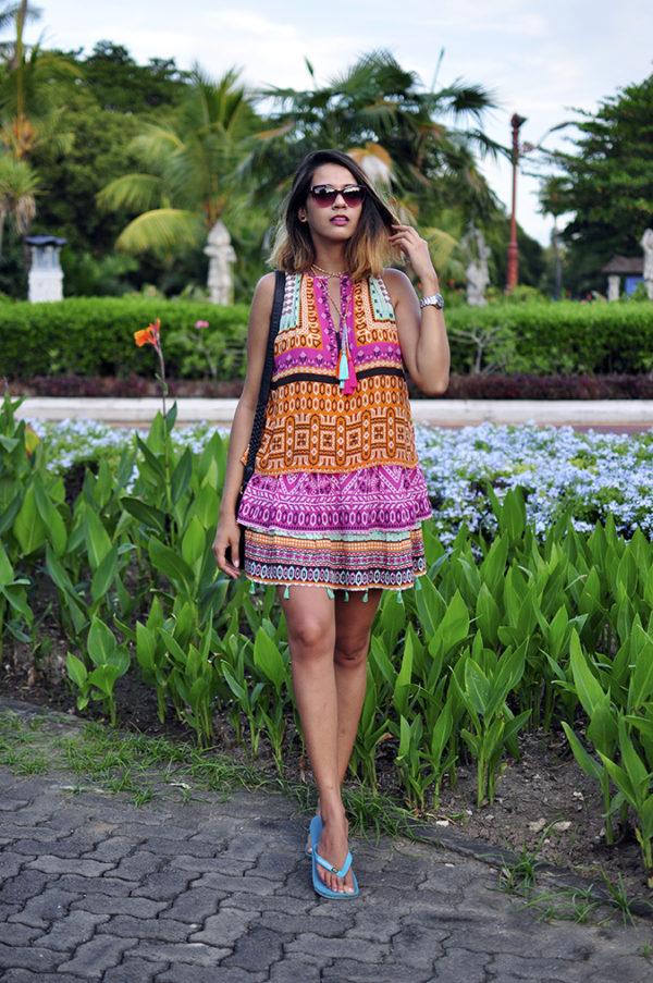 Nusa Dua | Bali | Akanksha Redhu | full front leg in front