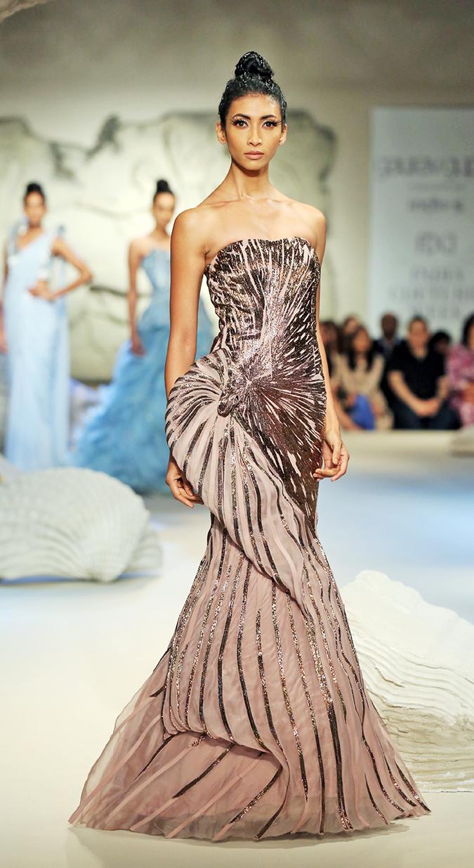 India Couture Week 2016 | Akanksha Redhu | GG1