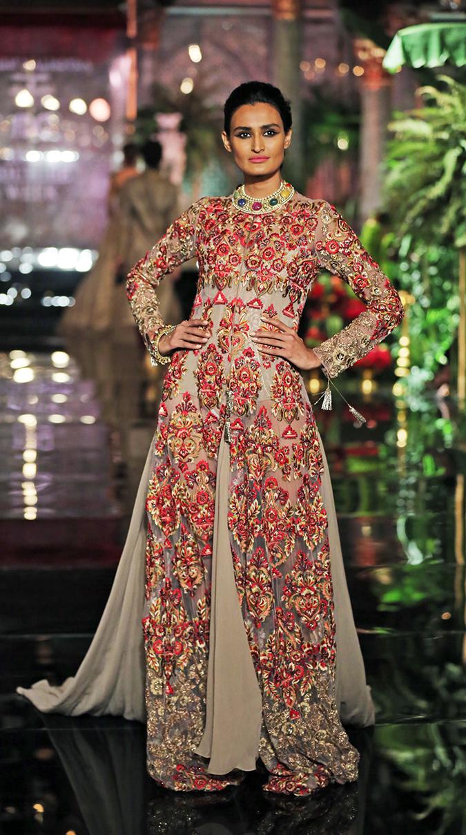 India Couture Week 2016 | Akanksha Redhu | MM1
