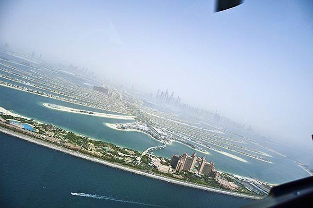 Spotted atlantisthepalm from our helidubaitours httpakanksharedhucom akanksharedhu Dubai Dubaiblogger dubaihotelshellip