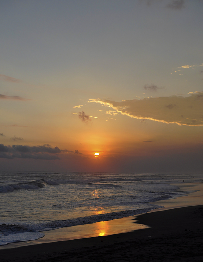 Berawa Beach | Bali | Akanksha Redhu | sunset long