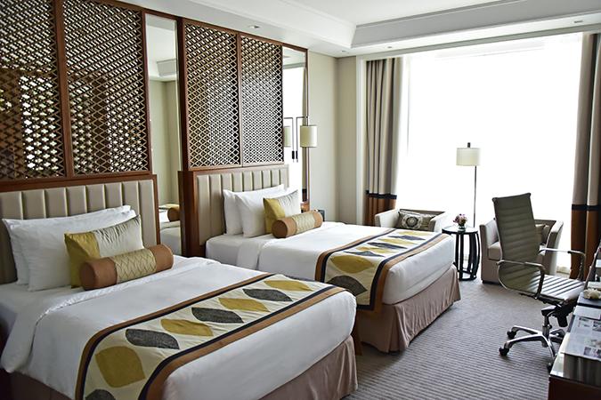 Taj Dubai | #EmiratesHolidays | Akanksha Redhu | beds window