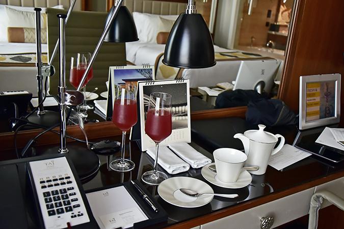Taj Dubai | #EmiratesHolidays | Akanksha Redhu | welcome drinks