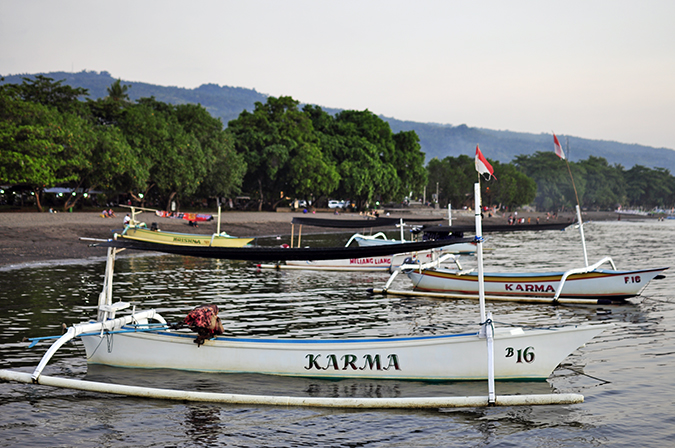 Lovina Beach   Bali   Akanksha Redhu   karma boat wide