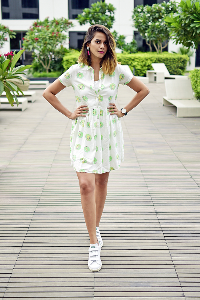 Benetton | Akanksha Redhu | full front hands on waist no pool