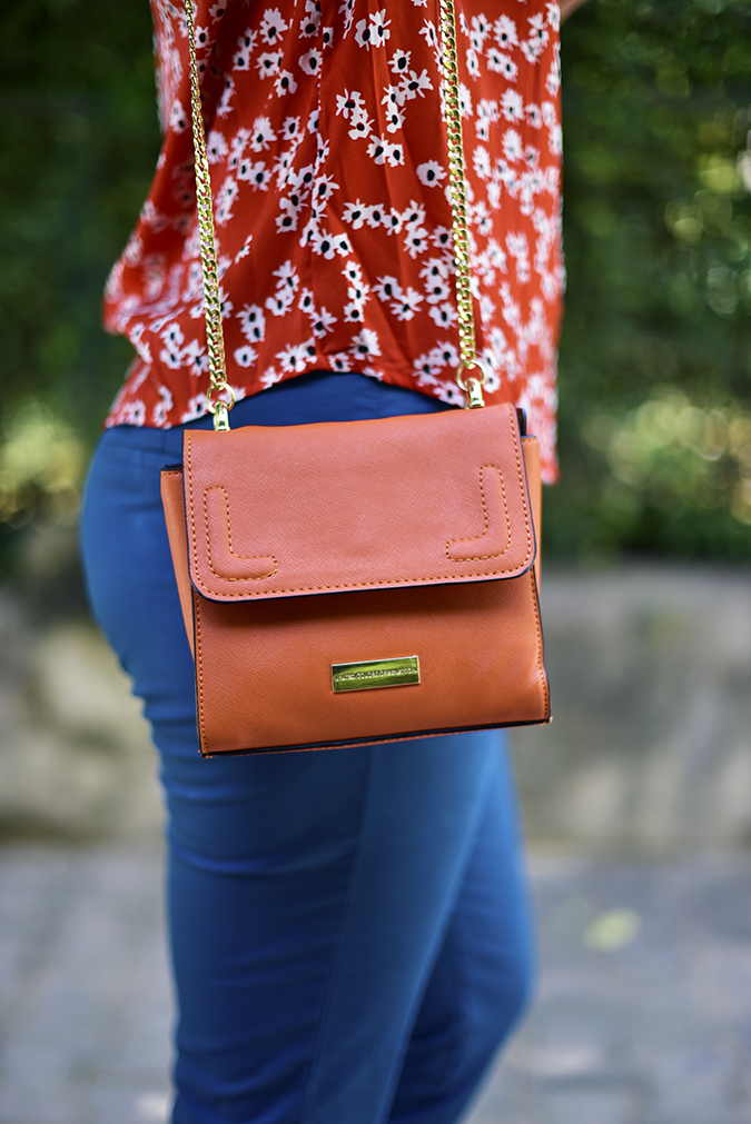 United Colors of Benetton | Akanksha Redhu | bottom side bag