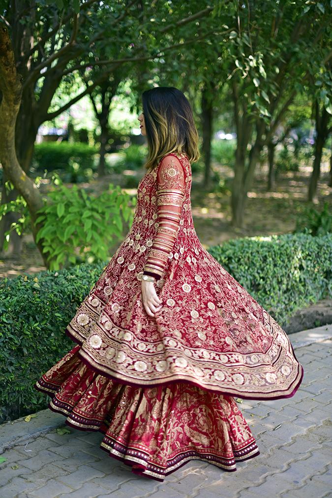 Tarun Tahiliani   Akanksha Redhu   twirl 1