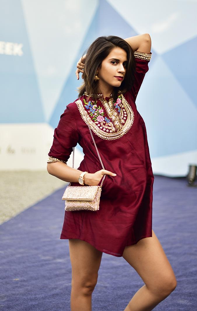 #AIFWSS17 | Akanksha Redhu | half front arm up
