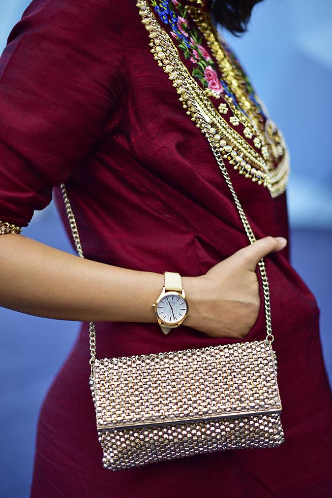 #AIFWSS17 | Akanksha Redhu | side watch bag pocket