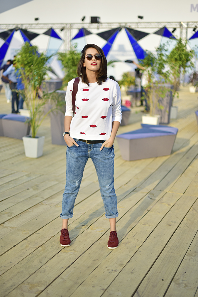 #AIFWSS17 | Akanksha Redhu | full front wide legs