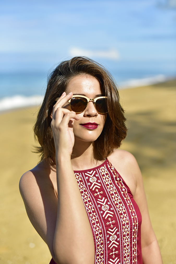Sbuys | Akanksha Redhu | face close hand on sunglasses