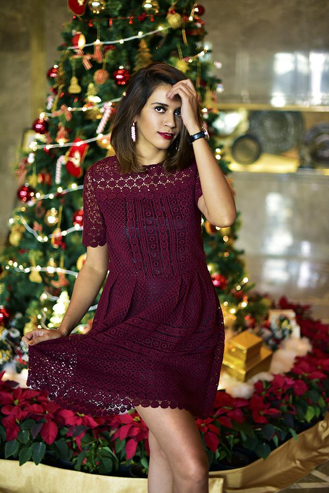 #BuyTheWillsLifestyle | Akanksha Redhu | christmas dress