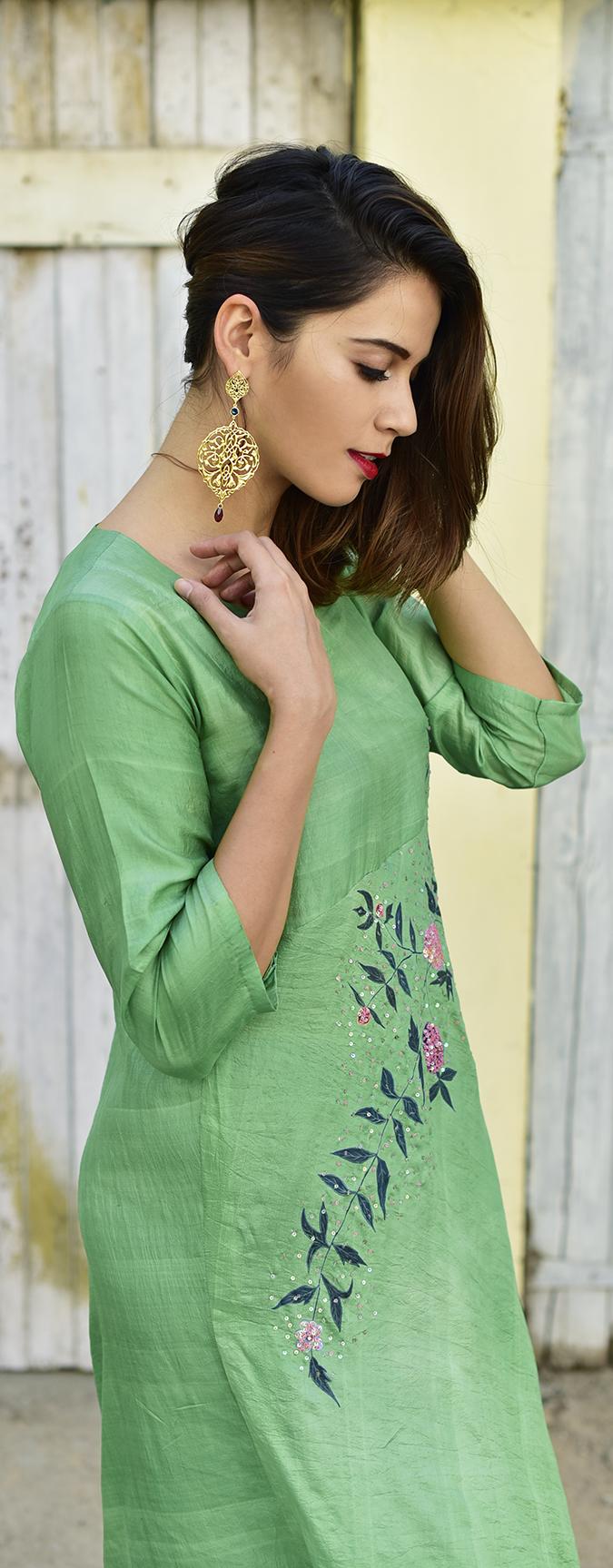 Bhusattva | Akanksha Redhu | half side long look down hair side
