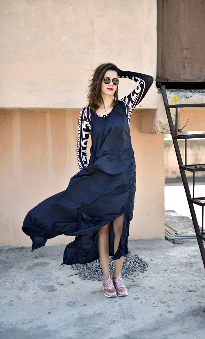 H&M Studio SS17   Akanksha Redhu   full front arm up dress fly