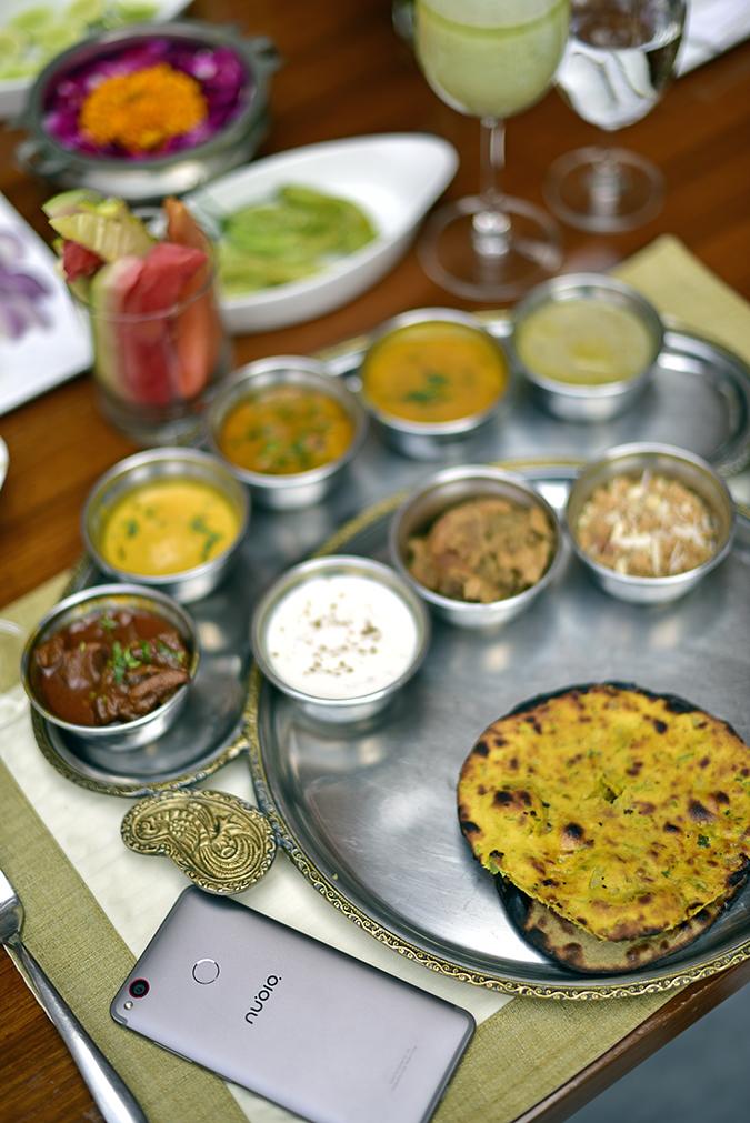 Nubia Z11 miniS | Akanksha Redhu | phone with food