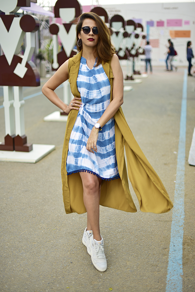 Amazon India Fashion Week | Akanksha Redhu | full front leg front fly
