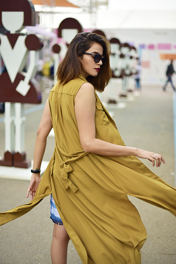 Amazon India Fashion Week | Akanksha Redhu | half back fly