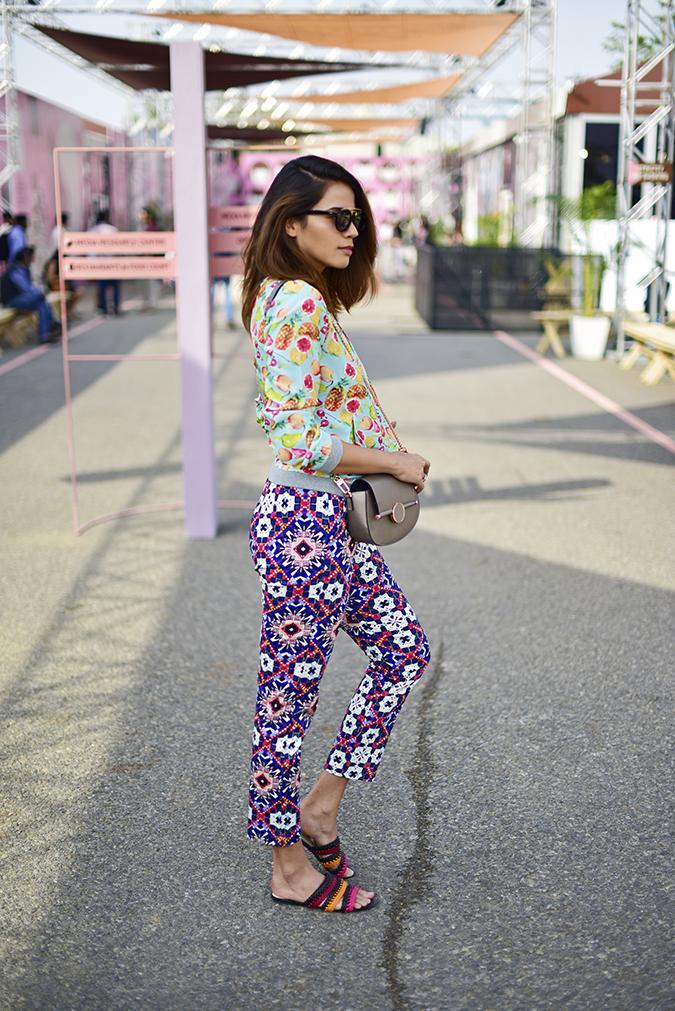 Amazon India Fashion Week   Akanksha Redhu   full side sun