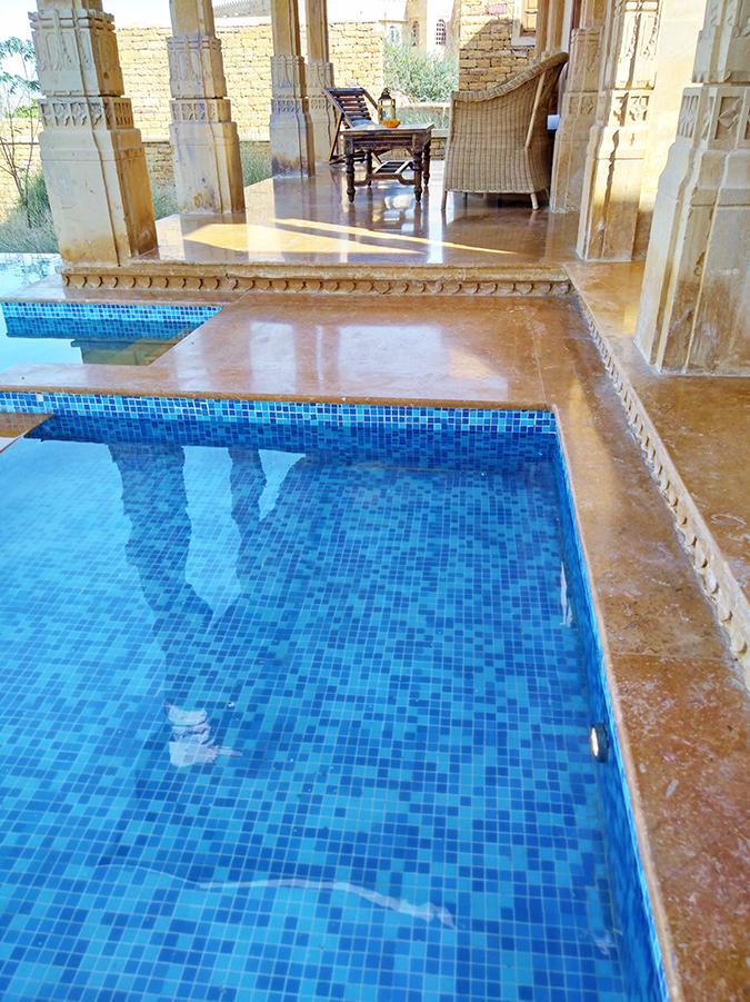 Nubia Z11 miniS | Akanksha Redhu | pic of pool